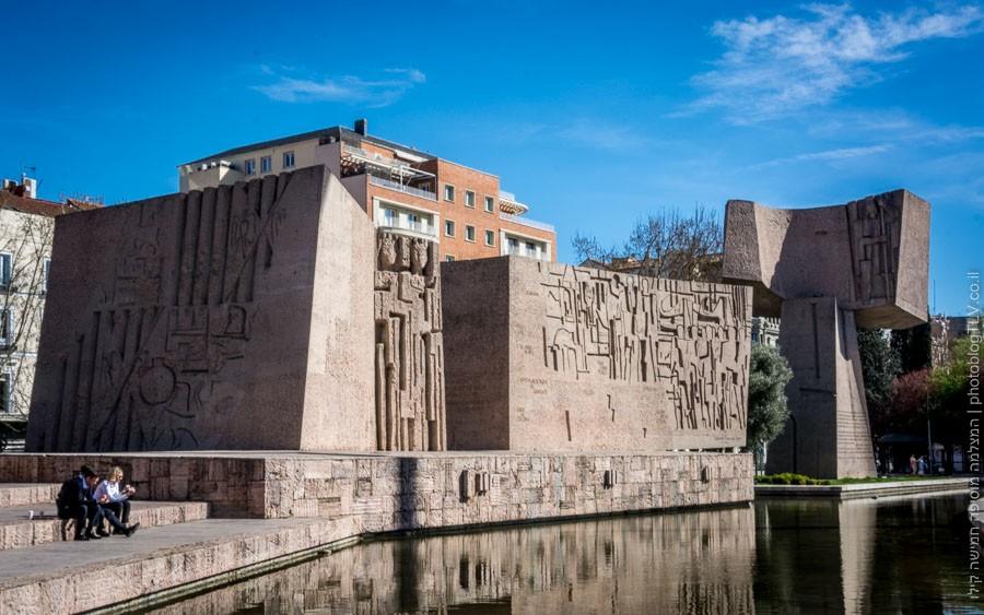 חופשה במדריד |  , Plaza de Colón Madrid  | כיכר קולון מדריד | בלוג הצילום של עופר קידר