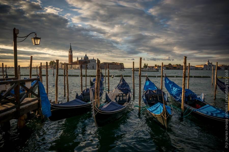 גונדולות, כיכר סן מרקו -  ונציה אטרקציות, איטליה | בלוג הצילום של עופר קידר