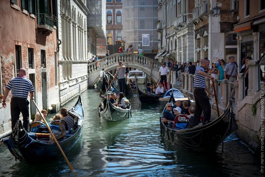 אטרקציות בונציה: גונדולות בתעלות של ונציה, איטליה | בלוג הצילום של עופר קידר
