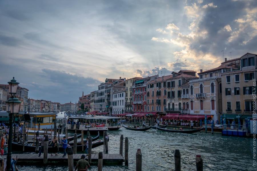 אטרקציות בונציה: ליד גשר ריאלטו, ונציה, איטליה | בלוג הצילום של עופר קידר