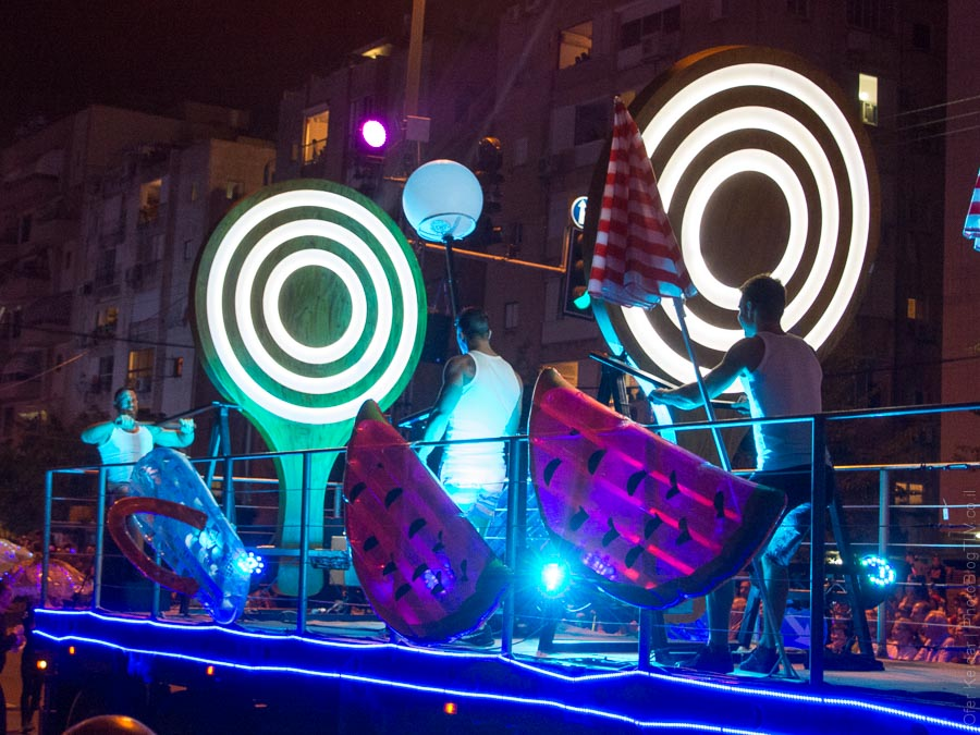 יום העצמאות בתל אביב | מצעד האור | המצלמה מוסיפה חמישה קילו | עפר קידר