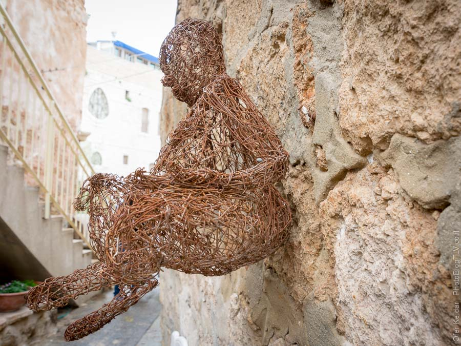 ניהאד דביט - טיול לרמלה   רמלה העתיקה   המצלמה מוסיפה חמישה קילו   עפר קידר