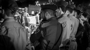 יום העצמאות בתל אביב | המצלמה מוסיפה חמישה קילו | עפר קידר