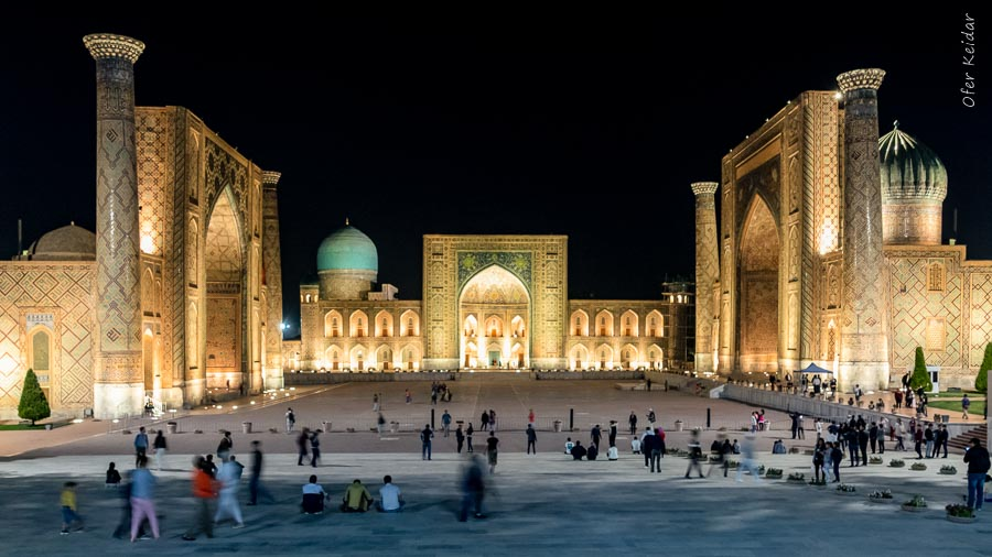 כיכר רג'יסטן - סמרקנד, אוזבקיסטן   המצלמה מוסיפה חמישה קילו   עפר קידר
